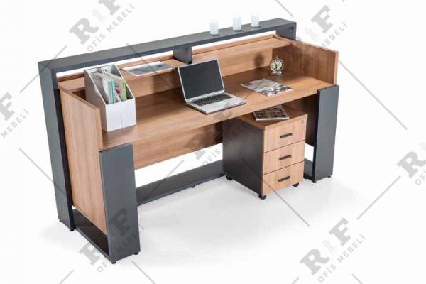 Resepşn masası Stable